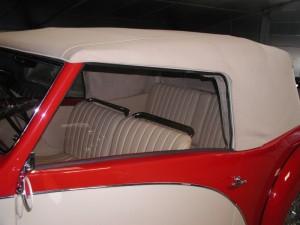 bugatti capote toile alpaga beige sellerie chambon yves. Black Bedroom Furniture Sets. Home Design Ideas